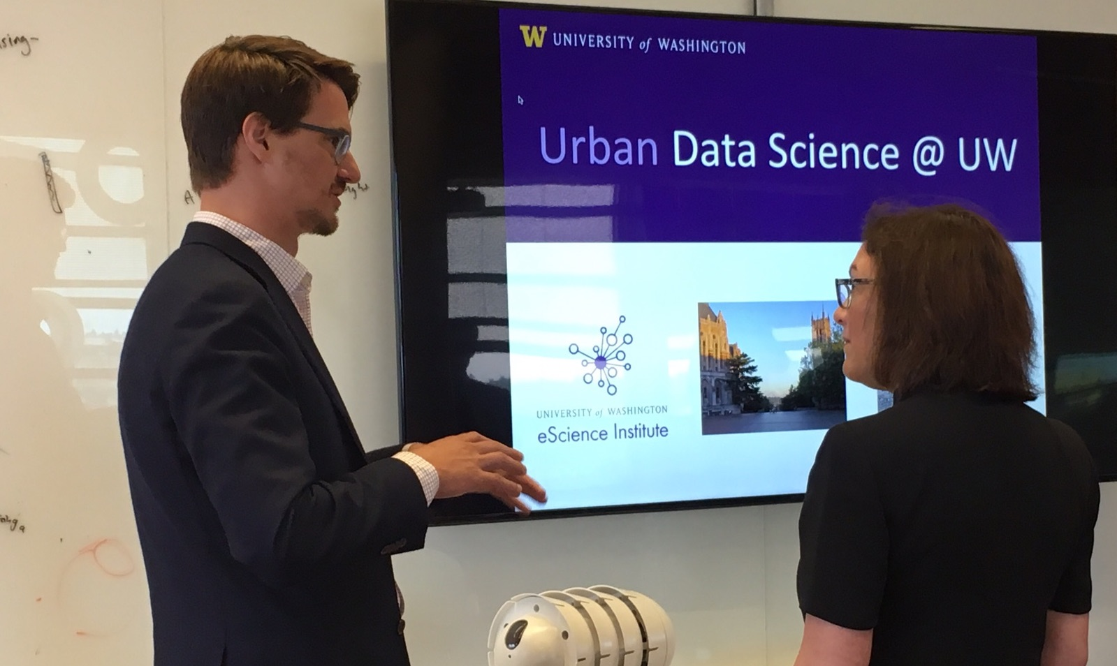 Rep. Suzan DelBene (D-WA-1) met with technology experts at the University of Washington to learn more about how technology could be used to make smart cities.